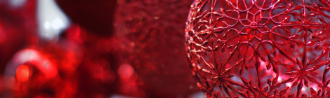Punainen joulupallo Weiste