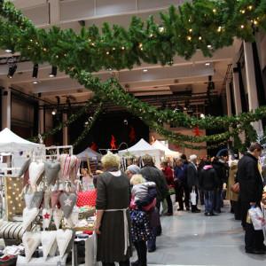 Porvoon Taidetehdas joulumarkkinat | Joulutaika