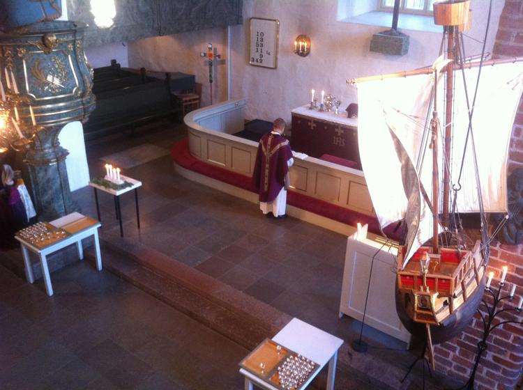Adventtisunnuntai 21.12.2014 Porvoon tuomiokirkossa.
