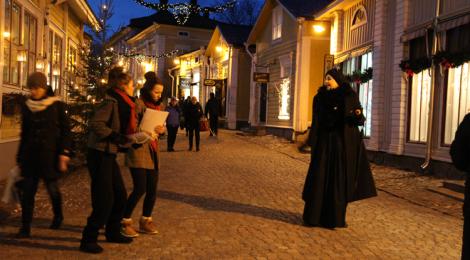 Saituritar ei siedä joulua eikä salli Porvoon putiikkien koristautuvan jouluun.