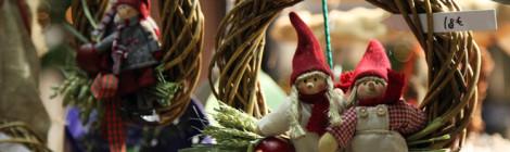 Joulukranssi Porvoon Taidetehtaan joulumarkkinoilla 2015.
