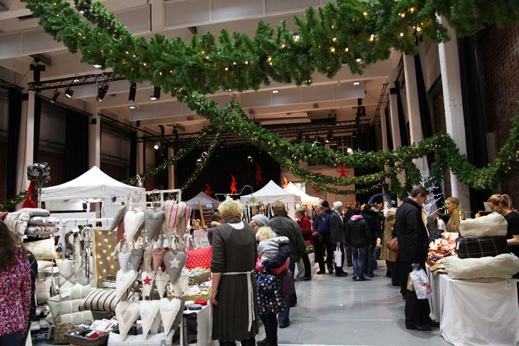 Porvoon Taidetehtaan joulumarkkinat 2015.