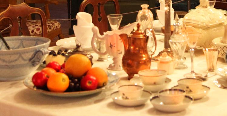Porvoon museon joulu, hedelmät Holmin talon joulupöydässä